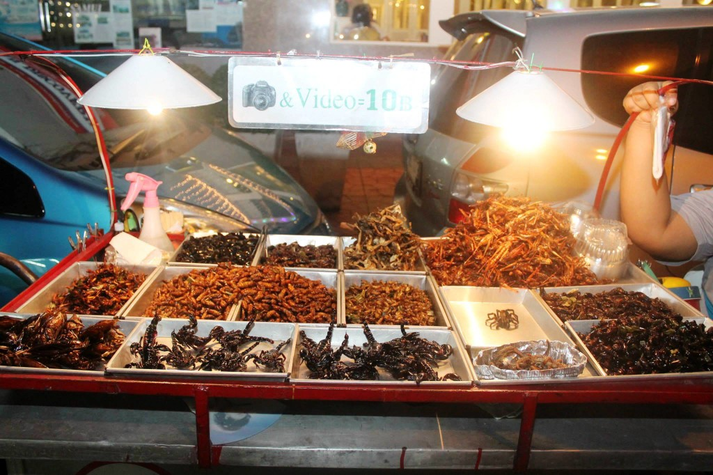 Top 3 Things To Do at Khao San Road, Bangkok