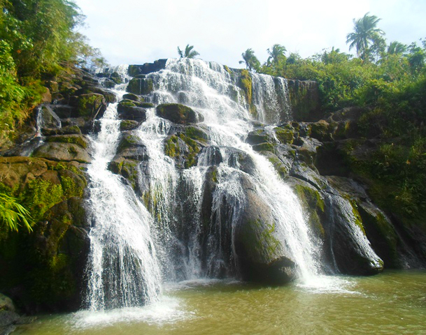 Aliw Falls : Oh We Almost Missed You In Luisiana, Laguna