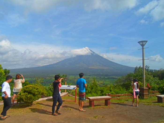 Ligñon Hill in Legazpi, Albay – A Better View of Mayon Volcano