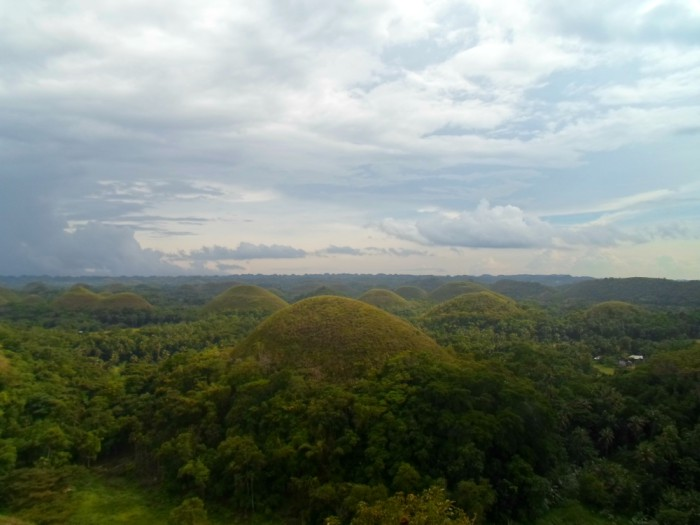 Chocolate Hills: Bohol's Natural Wonder