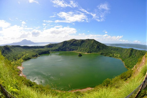 Taal Volcano Stories: Clean-up Drive with Starstruck Avengers LOL!