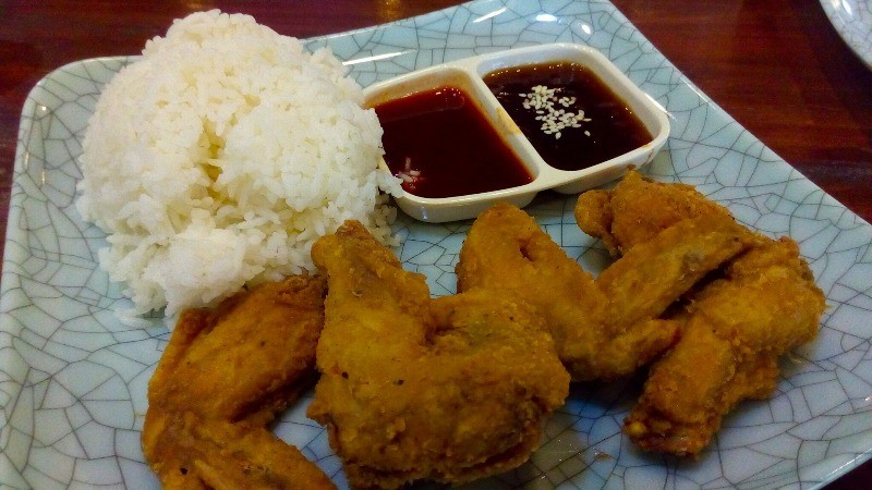 Eat All You Chicken Wings in Cavite for only 199 Pesos!