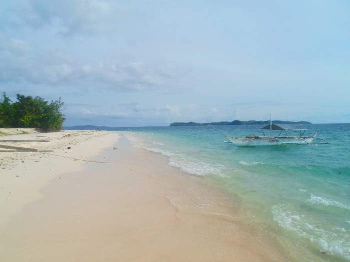 Tikling Island : The Pinkish White Beach of Matnog, Sorsogon