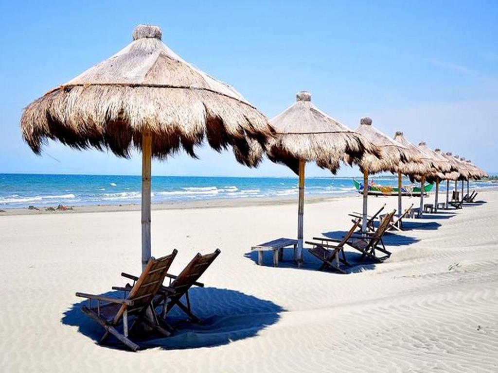 El Puerto Marina Beach Resort